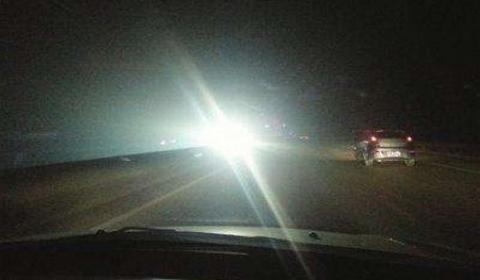 女子报警称高速路惊现幽灵车  后又有报警称高速路惊现鬼影